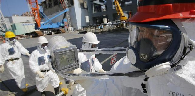 ministro-japones-central-nuclear-fukushima_ediima20130919_0071_18