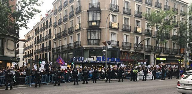 centenares-manifestantes-sede-pp_ediima20170425_0737_19
