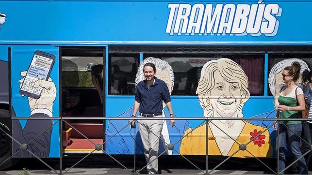 podemos-circular-autobus-senalando-trama_ediima20170417_0240_19