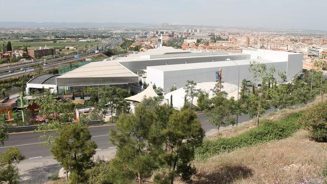 primer-discoteca-centro-comercial-serrallo_ediima20170427_0275_20