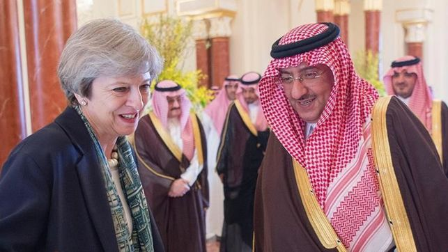theresa-may-arabia-saudi-antiterrorista_ediima20170404_0839_19
