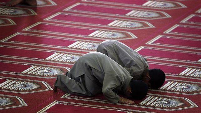 alumnos-musulmanes-acceso-clase-religion_ediima20150406_0113_22