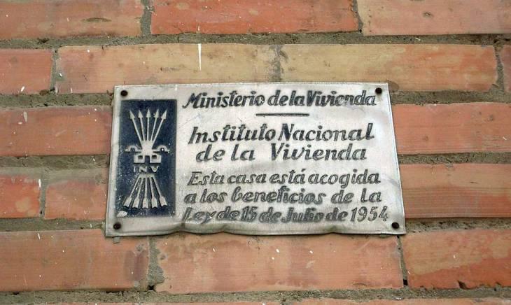 placa_ministerio_vivienda
