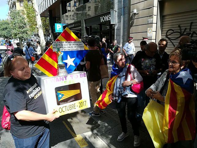 concentracion-fiscalia-superior-catalunya_ediima20170919_0420_5