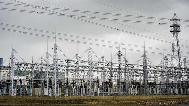 podemos-iva-electricidad-pobreza-energetica_ediima20161006_0559_19
