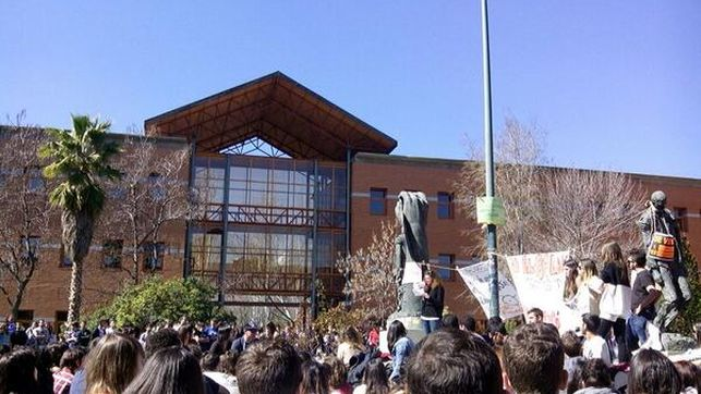 asamblea-vicalvaro-universidad-carlos-madrid_ediima20140310_0269_4