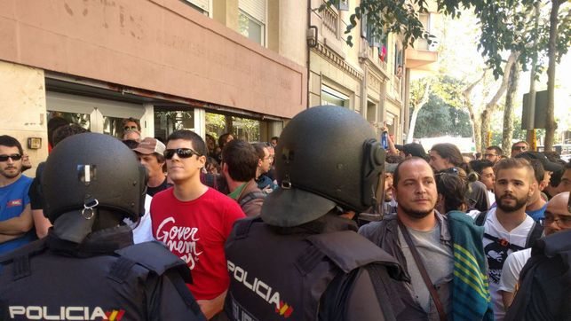 cup-fernandez-barcelona-policia-nacional_ediima20170920_0499_4